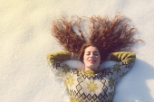 10 High-Vibe Affirmations to Help You Enjoy the Holidays