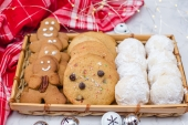 Feed Your Body Friday: 3 Must-Bake Holiday Cookies
