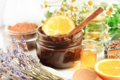 How to Create Your Own Anti-Aging Face Mask Using Natural Ingredients