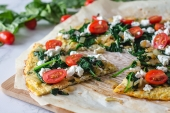 Feed Your Body Friday: Spinach & Goat Cheese Pizza Cauliflower Crust