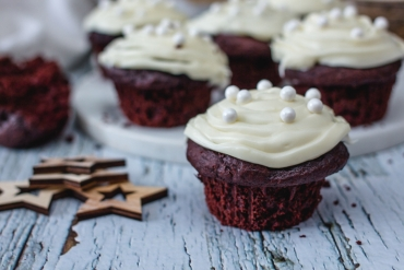Feed Your Body Friday: Healthy Red Velvet Cupcakes