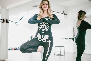 8 Spooky Yoga Poses To Get You In The Halloween Spirit