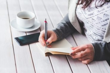 Start Your Day With These 5 Positive Journal Prompts