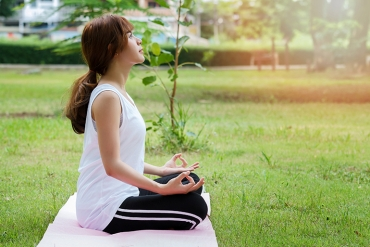 Take Your Meditation Outdoors with Shannon!