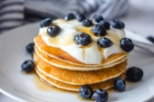 Feed Your Body Friday: Vegan Blueberry Pancakes