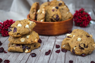 Feed Your Body Friday: White Chocolate Cranberry Cookies