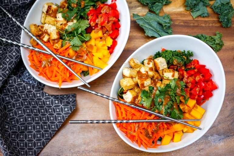 asian buddha bowl, stir fry, veggie bowl