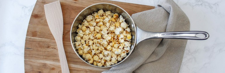 Freshly-popped popcorn in a pot.
